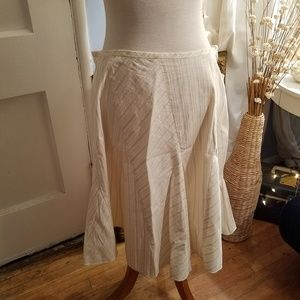 DKNY - Exclusive Light Yellow & White Skirt